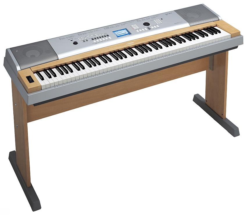 Yamaha DGX-630 so stojanom